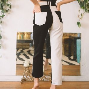 Denim - NEW color blocked b&w high waisted jeans 27